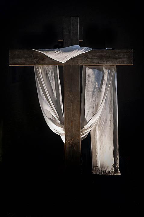 Cruz, único camino para la salvación.